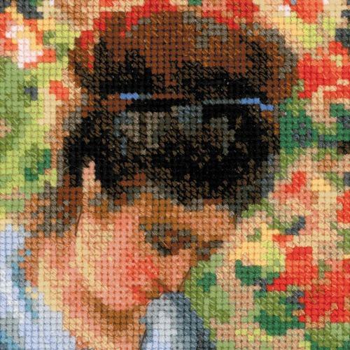 """Набор для вышивания крестом Риолис """"Мадам Моне за вышивкой (К. Моне)"""" (фото, вид 2)"""