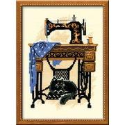 """Набор для вышивания крестом Риолис """"Кошка со швейной машинкой"""""""