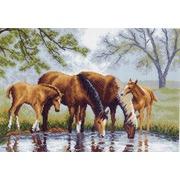 """Канва/ткань с нанесенным рисунком Матрёнин посад """"Лошади на водопое"""""""