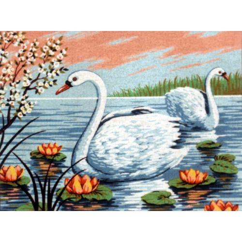 """Канва/ткань с нанесенным рисунком Diamant """"Лебеди в кувшинках"""""""